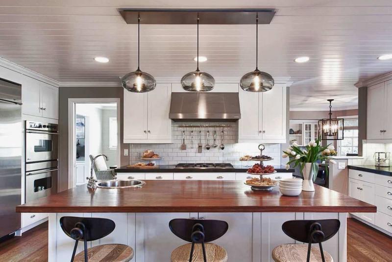 Организация комфортного освещения в большой кухне