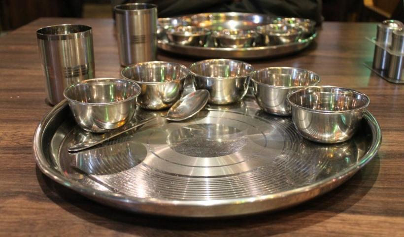 Чайный сервис из нержавейки для кухни в восточном стиле