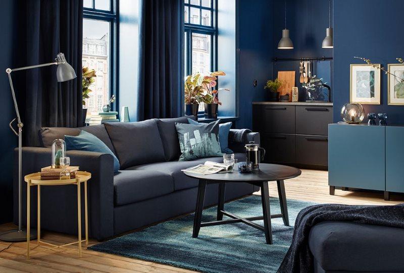 Синий цвет в дизайне кухни-гостиной