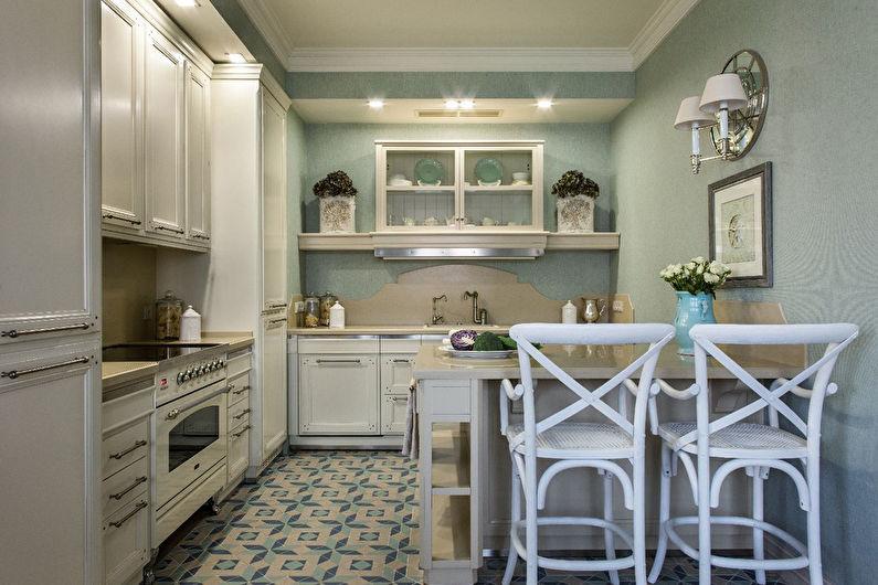 Отделка стен в зоне готовки классической кухни-гостиной