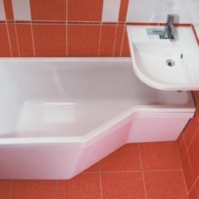 Акриловая ванна с низкими бортиками