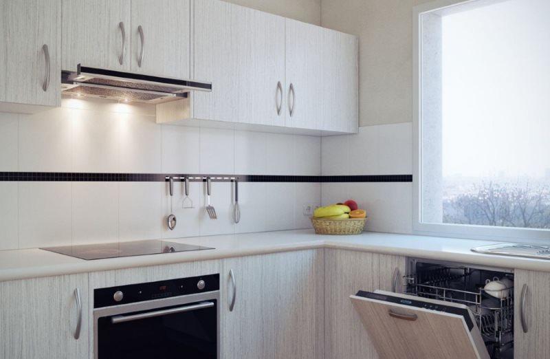 Кухонный гарнитур с вытяжкой встроенного типа