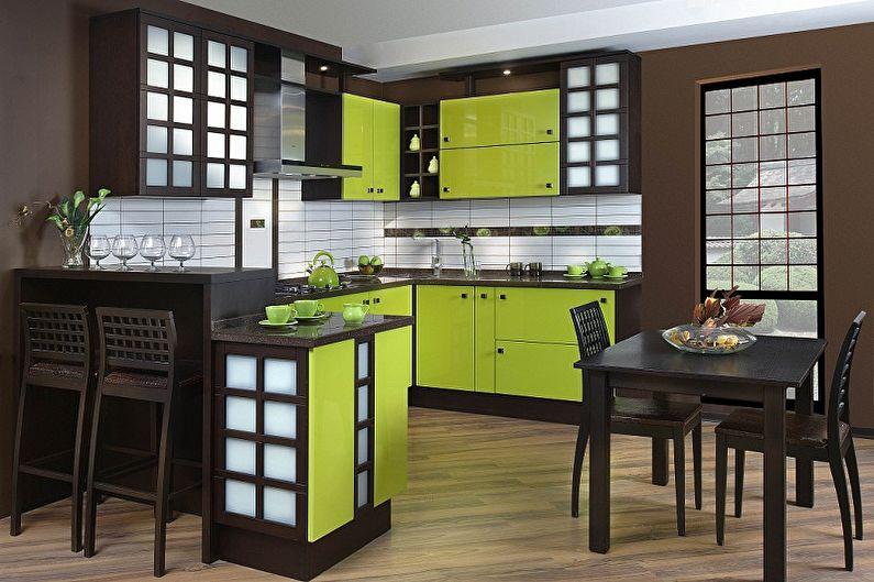 Дизайн японской кухни с зеленой мебелью