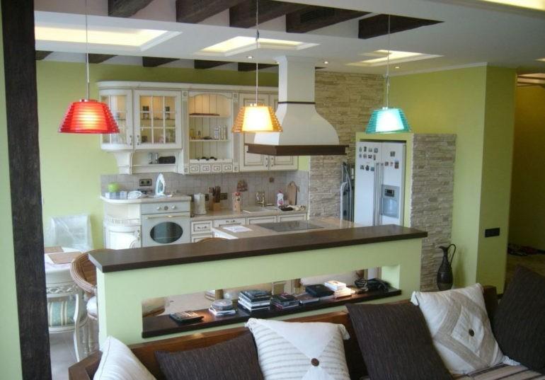 Пример зонирования освещением кухни-гостиной 15 кв метров