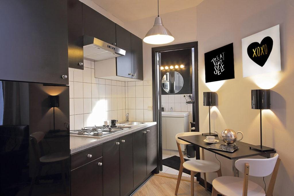 черно белая гамма кухни