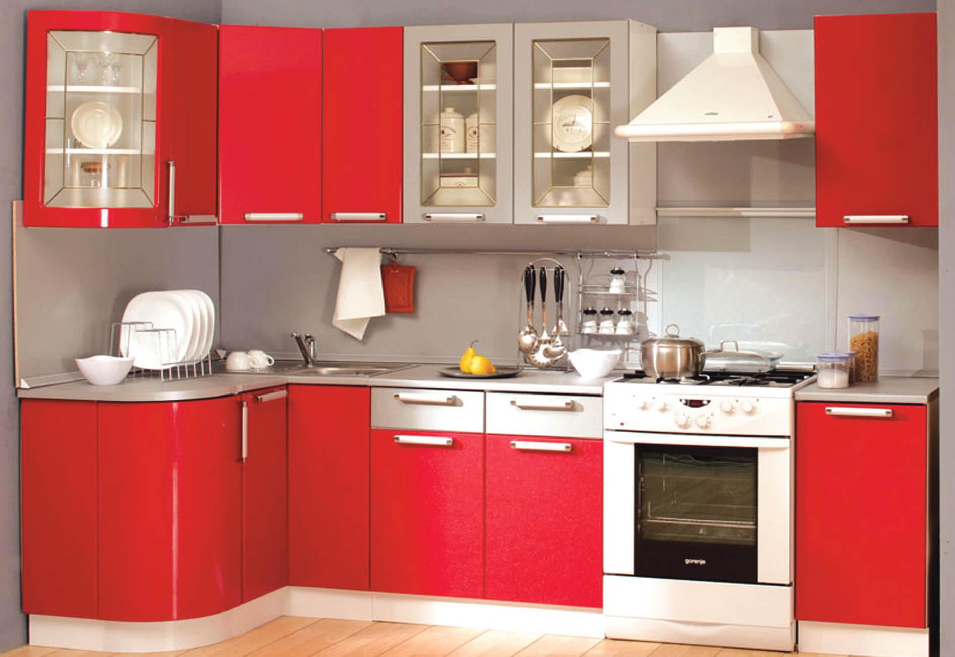 дизайн малогабаритной кухни красный гарнитур