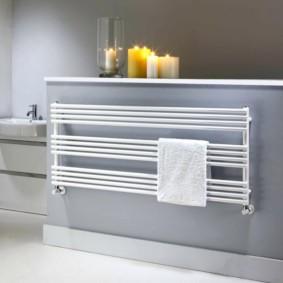 электрический полотенцесушитель в ванную комнату