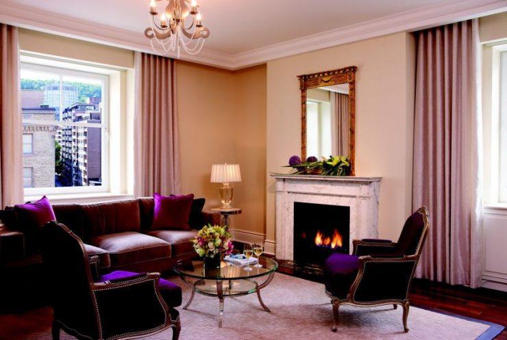гостиная с двумя окнами фото дизайна