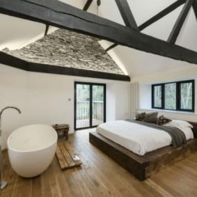 спальня с двумя окнами идеи обзор
