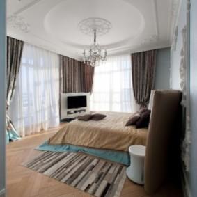 спальня с двумя окнами оформление идеи