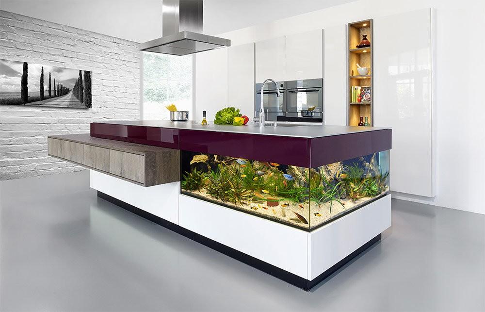барная стойка с аквариумом