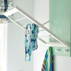 бельевая сушилка в ванной дизайн фото