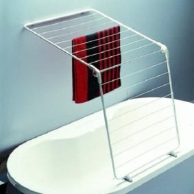 бельевая сушилка в ванной фото