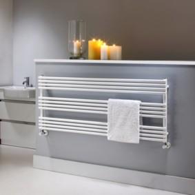 бельевая сушилка в ванной оформление фото