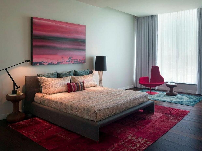 спальня в стиле хай тек цвета