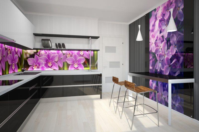 Яркие цветы на пластиковых панелях