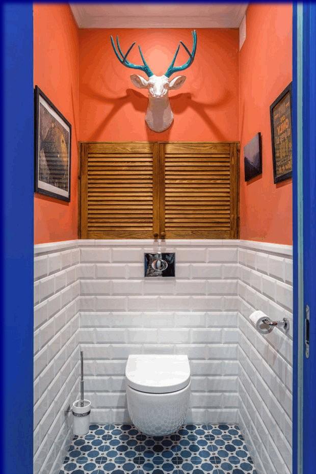 Красивое декорирование маленького туалета