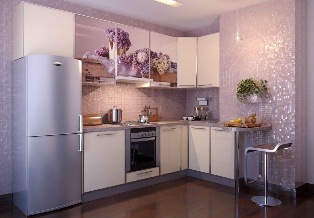 размещение холодильника на кухне