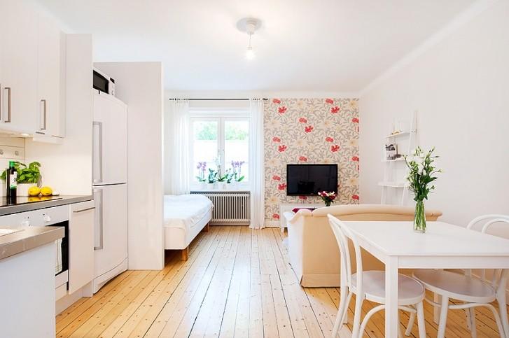 Светлая кухня-гостиная площадью 30 кв метров
