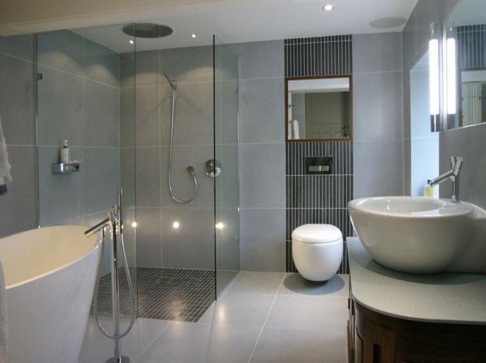 душевая кабина в ванной комнате виды