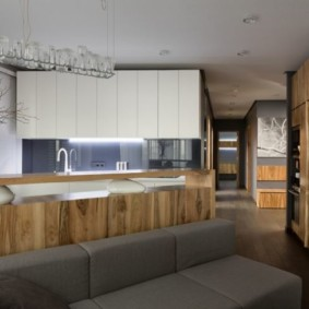 Деревянные фасады кухонной мебели