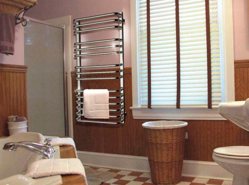 электрический полотенцесушитель в ванную декор идеи