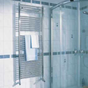 электрический полотенцесушитель в ванную идеи