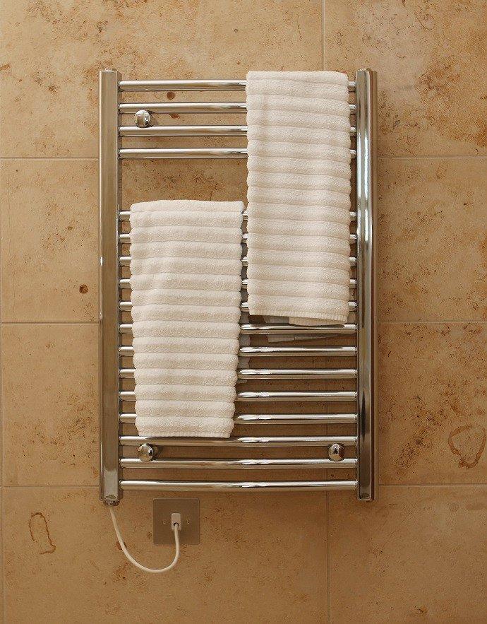 электрический полотенцесушитель в ванную идеи интерьер