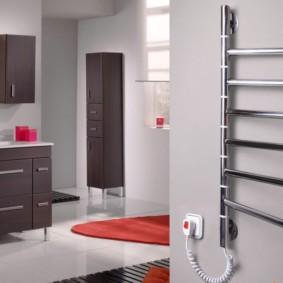 электрический полотенцесушитель в ванную идеи оформления