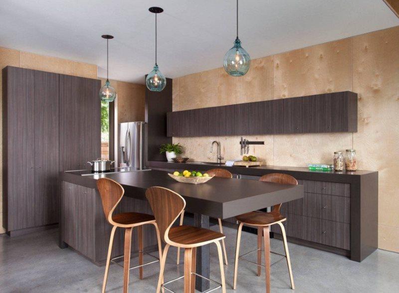 Обшивка фанерой стен в современной кухне