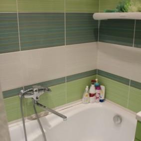 Разноцветная керамическая плитка в ванной комнате