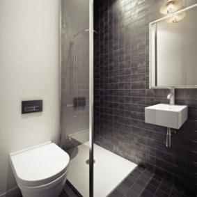 Санузел с душем в стиле минимализма