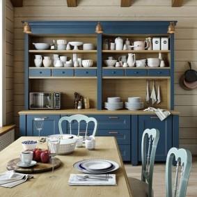 Кухонный шкаф синего цвета