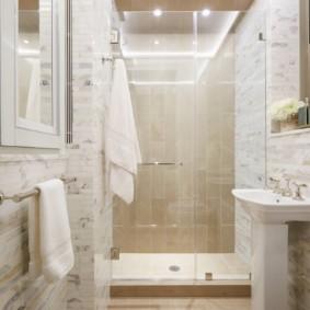 Душевая кабина вместо громоздкой ванной