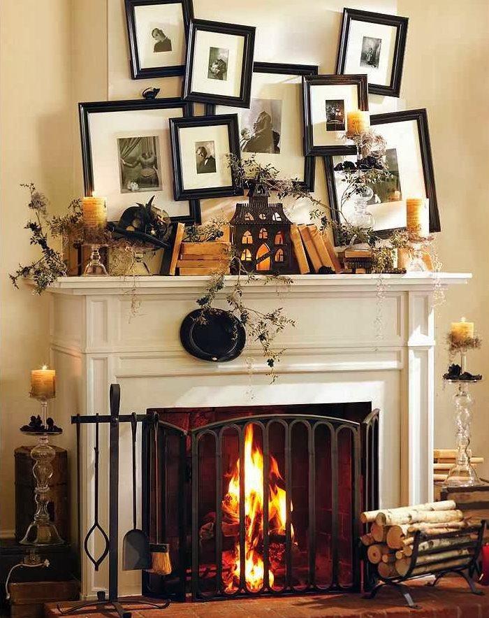 Декор семейными фотографиями стены над камином