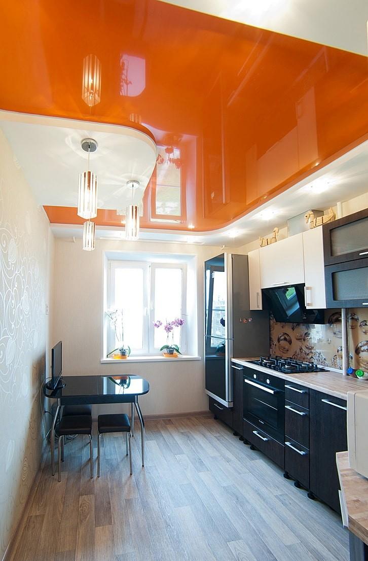 знаете цвета натяжного потолка фото кухня купе