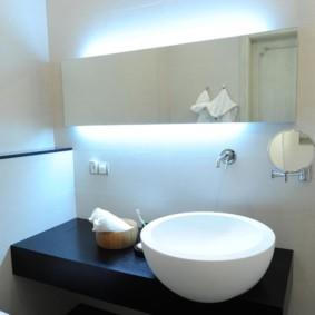 Скрытое освещение умывальника в ванной