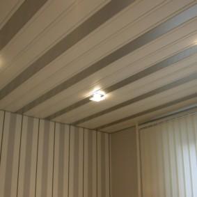 Квадратные светильники встроенного типа