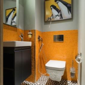 Оранжевая мозаичная плитка из керамики