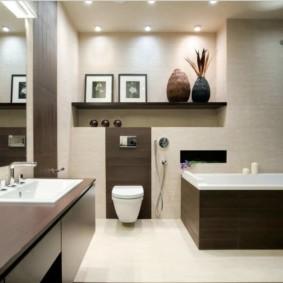 Декоративные вазы в интерьере ванной