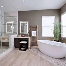 Зонирование ванной напольным покрытием