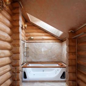 Ванна с гидромассажем в деревянном доме
