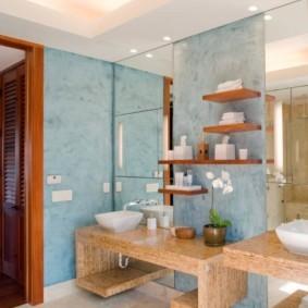 Двухуровневый потолок в ванной комнате