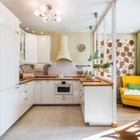 Зонирование кухни-гостиной легкой перегородкой