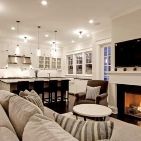 Дизайн большой гостиной с камином