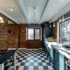 Черно-белый пол в кухне загородного дома