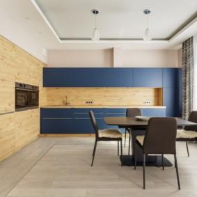 Синие фасады кухонного гарнитура