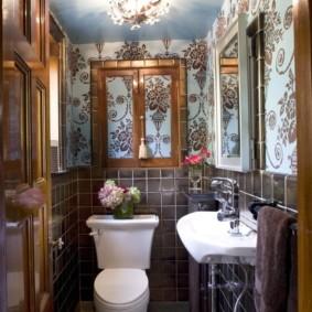 Красивый туалет в смешанном стиле