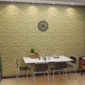 Выделение обеденной зоны кухни квадратными панелями