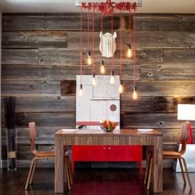 Деревянные панели в обеденной зоне кухни
